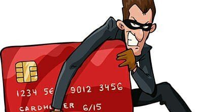Chief Justice Roberts Hit By Credit Card Fraud
