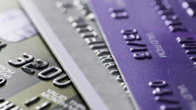 Canadian Economy Slows: Credit Card Debt Remains Safe