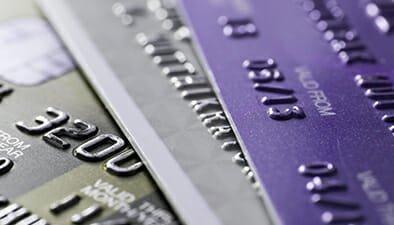 Canadian Economy Slows: Credit Card Debt Remains Safe