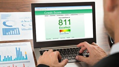 Manage Your Credit With a Free Credit Score Canada - GreedyRates