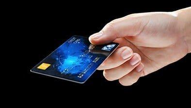 Évitez les frais de transaction étrangère sur votre carte de crédit canadienne